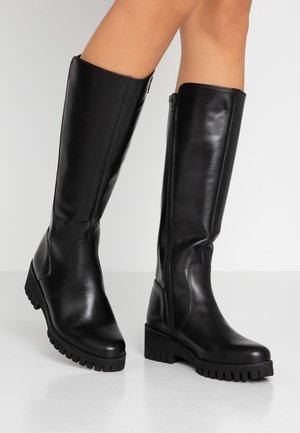 Støvler m/ kilehæl - black