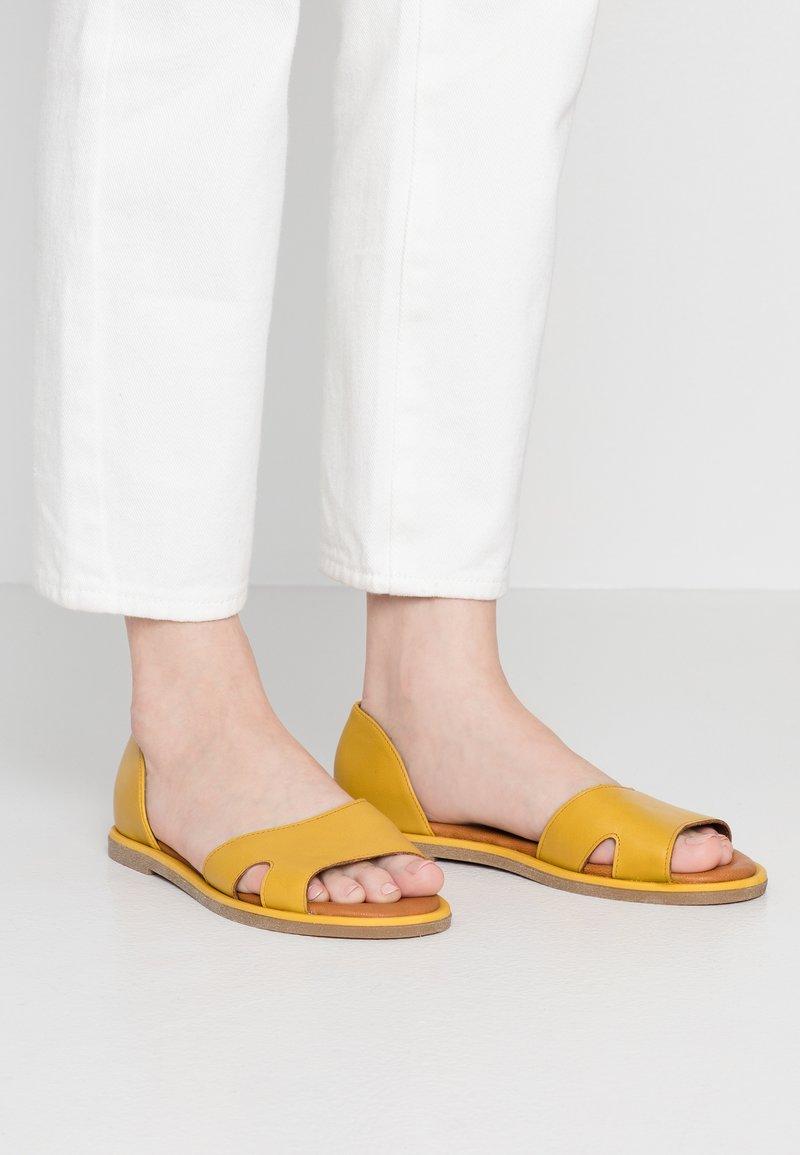 Tamaris - Riemensandalette - yellow