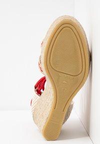 Tamaris - Sandály na vysokém podpatku - red/nature - 6