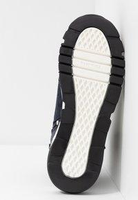 Tamaris - Höga sneakers - navy - 6