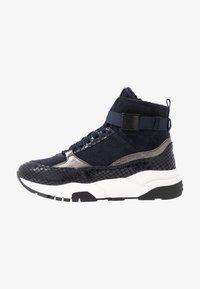 Tamaris - Höga sneakers - navy - 1