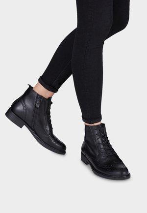 TAMARIS - Bottines à lacets - black