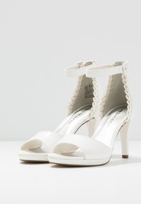 Tamaris - High heeled sandals - white - 4