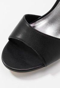 Tamaris - Sandalen met hoge hak - black - 5