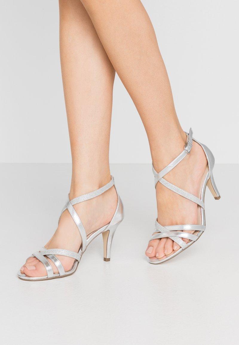 Tamaris - Sandály na vysokém podpatku - silver