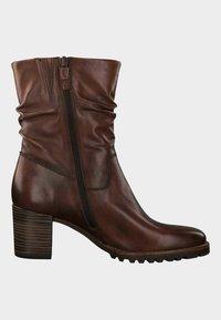 Tamaris - Korte laarzen - brown - 3