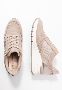 Tamaris - Sneaker low - taupe - 3