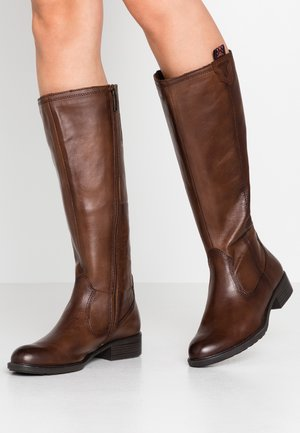 Boots - muscat