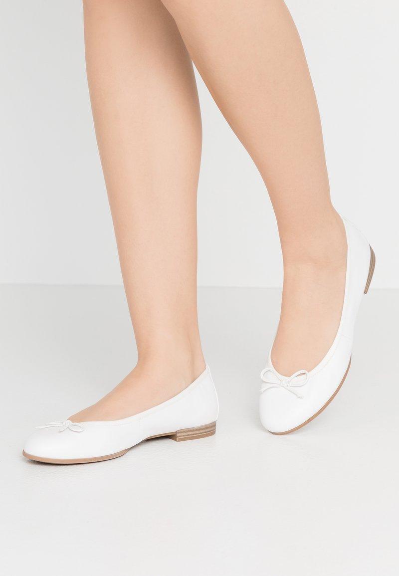 Tamaris - Ballet pumps - white