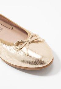 Tamaris - Ballet pumps - gold - 2