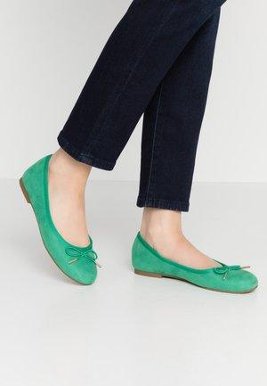 Ballet pumps - emerald