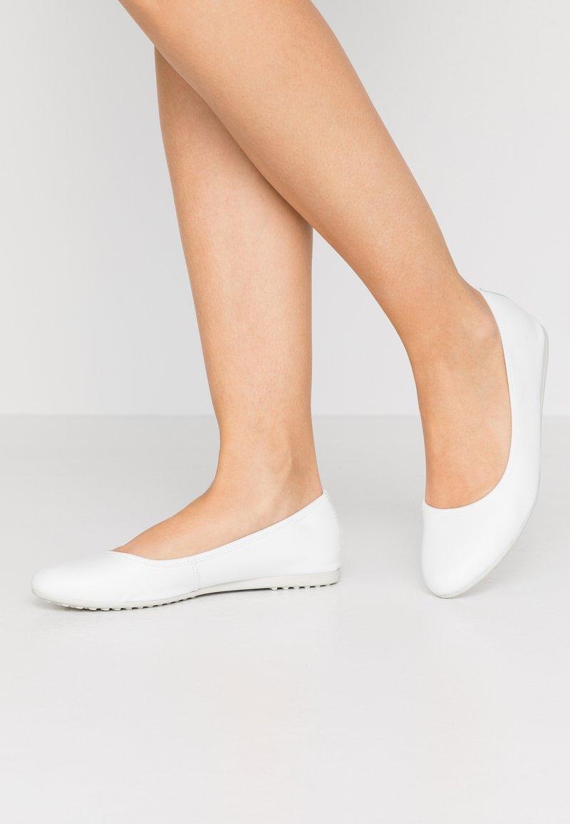 Tamaris - Baleríny - white