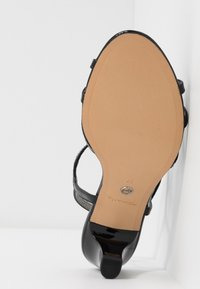 Tamaris - Sandals - black - 6