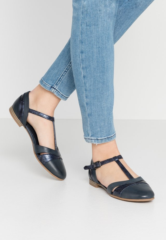 Ankle strap ballet pumps - navy