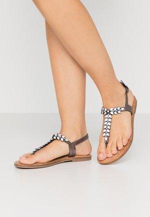 Sandály s odděleným palcem - pewter