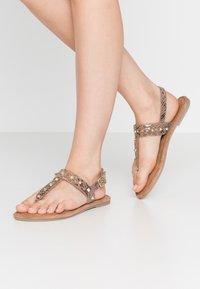 Tamaris - T-bar sandals - taupe - 0