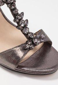 Tamaris - Korolliset sandaalit - pewter - 2