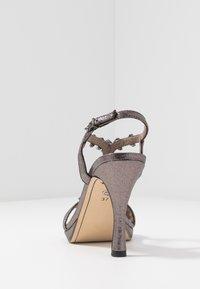 Tamaris - Korolliset sandaalit - pewter - 5