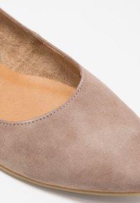 Tamaris - Ballet pumps - taupe - 2