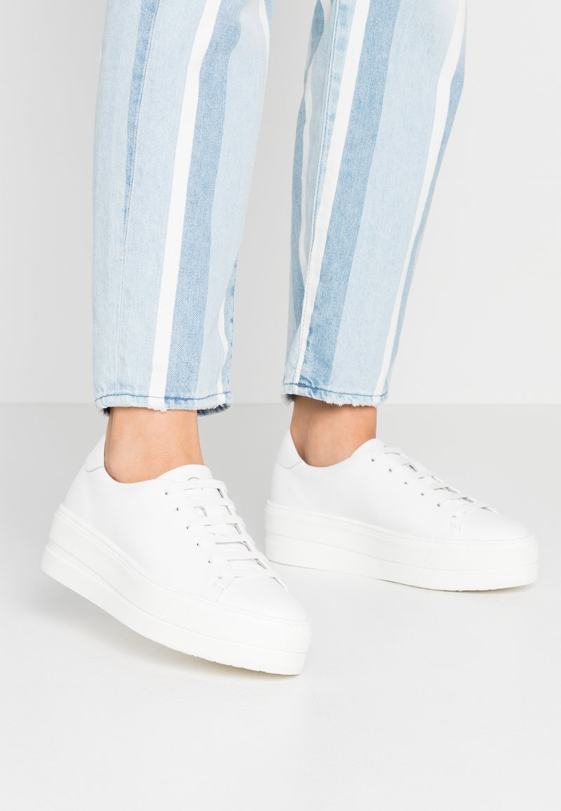 Tamaris - Sneakersy niskie - white