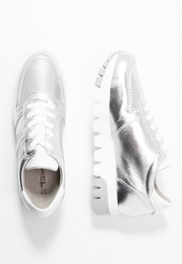 Tamaris - LACE-UP - Trainers - silver/white - 2