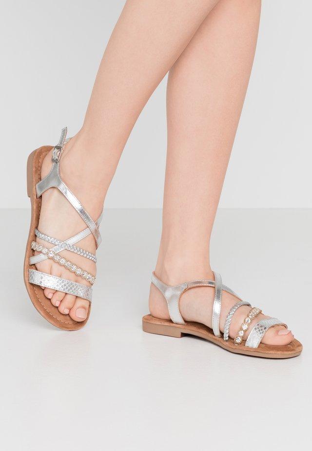 SANDALS - Sandales - silver