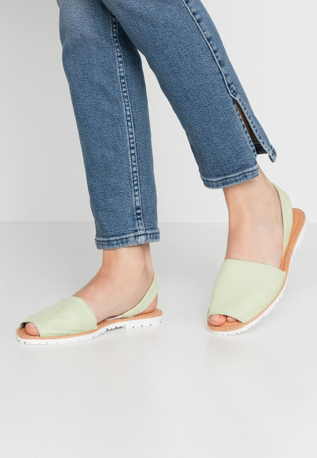 Sandały - light green