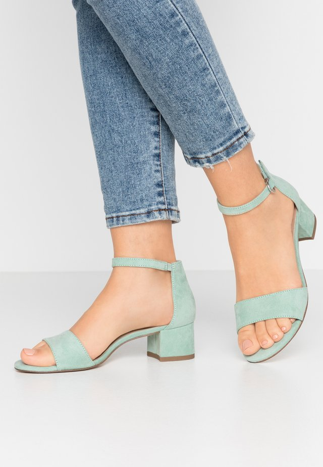 WOMS SANDALS - Sandalen met enkelbandjes - mint