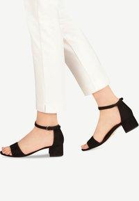 Tamaris - WOMS SANDALS - Sandalen met enkelbandjes - black - 0