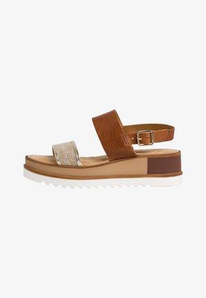WOMS SANDALS - Sandalen met plateauzool - brown