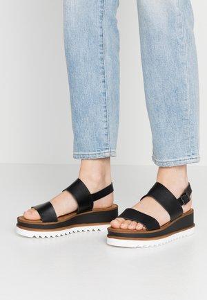 WOMS SANDALS - Sandalen met plateauzool - black