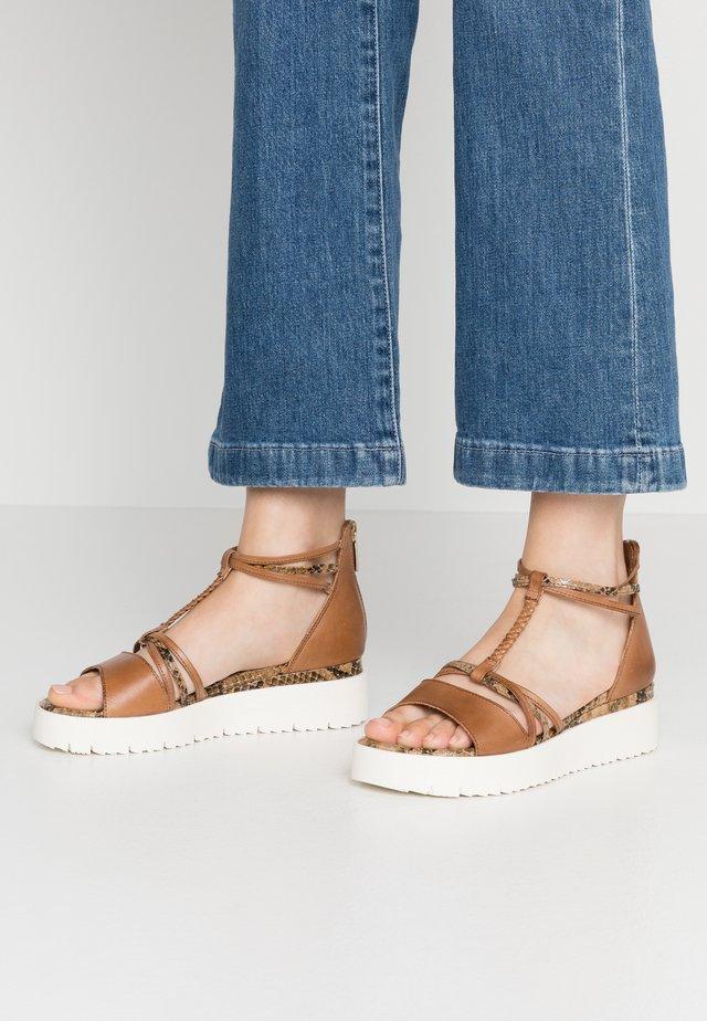 WOMS SANDALS - Platform sandals - cognac