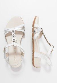 Tamaris - WOMS SANDALS - Sandalen met sleehak - white/metallic - 3