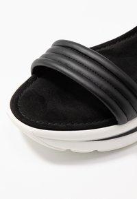 Tamaris - Wedge sandals - black - 2