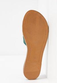 Tamaris - SLIDES - Pantofle - bottle struct. - 5