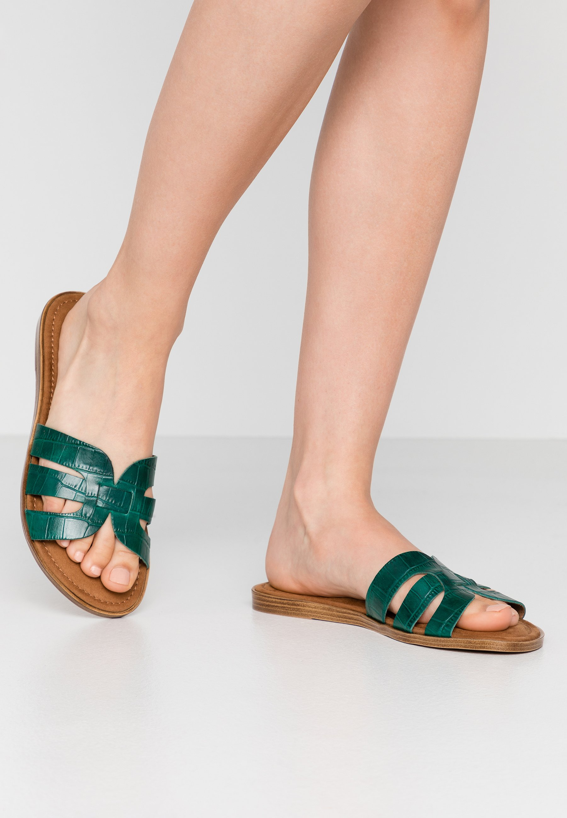 Tamaris Slides - Sandaler Bottle
