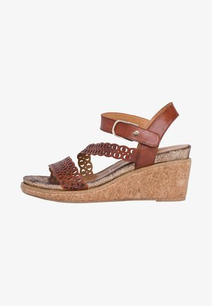 Korkeakorkoiset sandaalit - brown