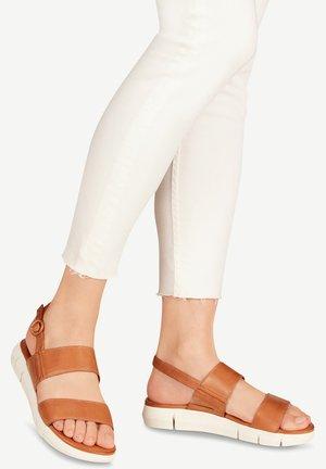 WOMS SANDALS - Sandales de randonnée - brown