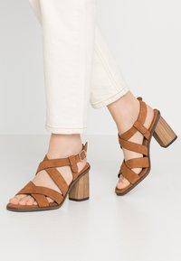 Tamaris - Sandals - muscat - 0