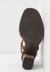 Tamaris - Sandals - muscat - 6