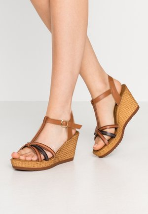 High heeled sandals - cognac/cafe