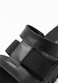 Tamaris - SABOT - Pantolette hoch - black - 2