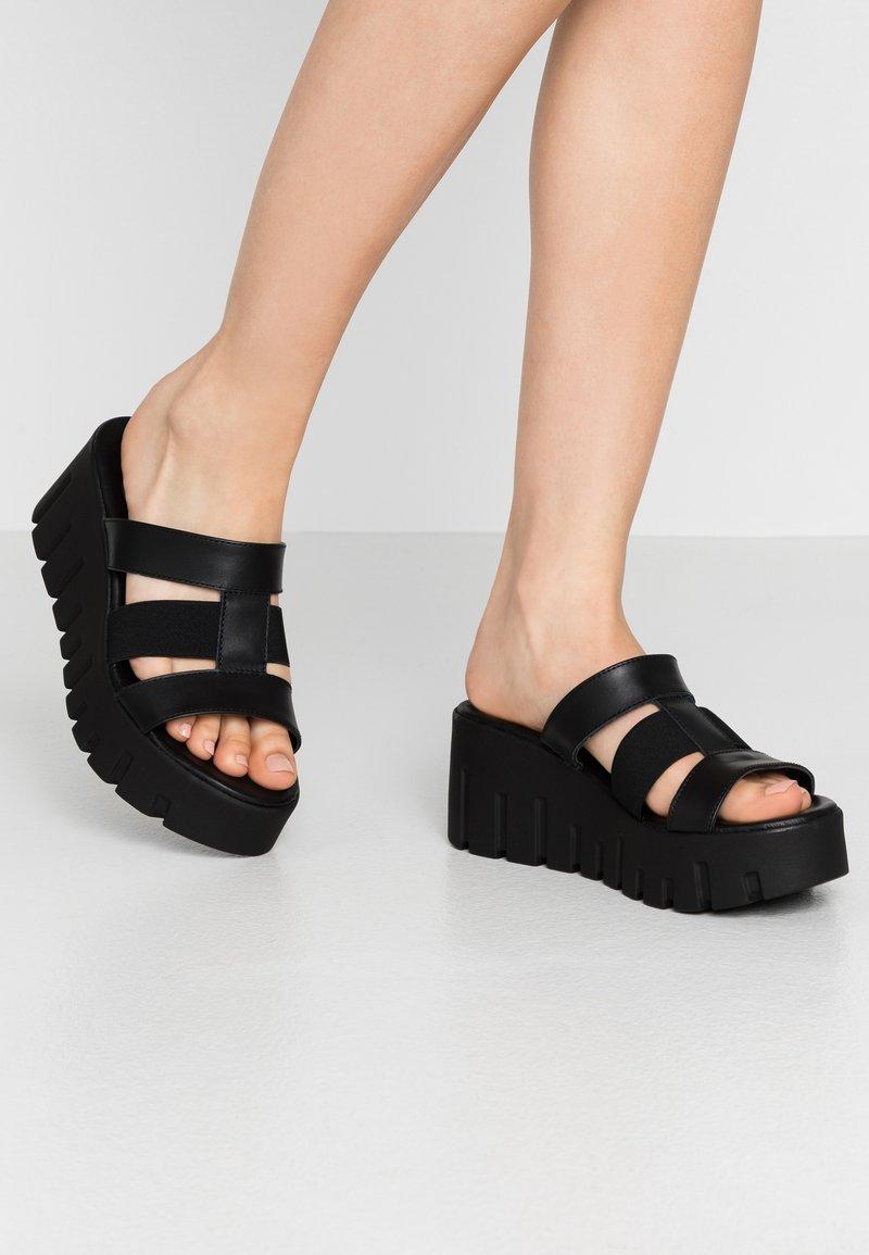 Tamaris - SABOT - Pantolette hoch - black