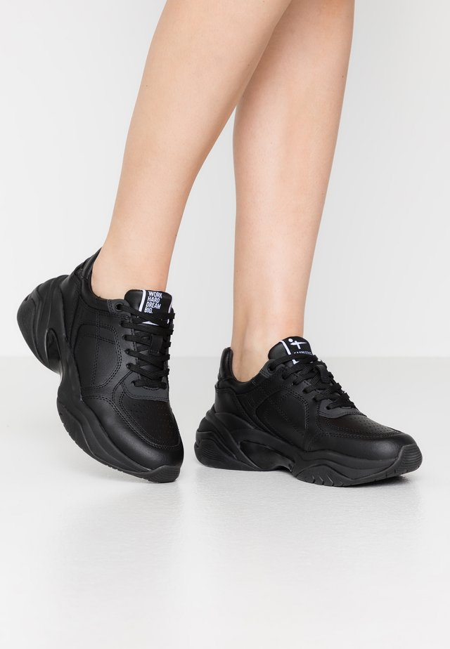LACE-UP - Joggesko - black uni