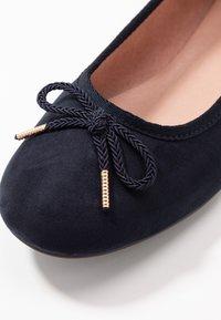 Tamaris - Ballet pumps - navy - 5