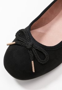Tamaris - Ballet pumps - black - 2