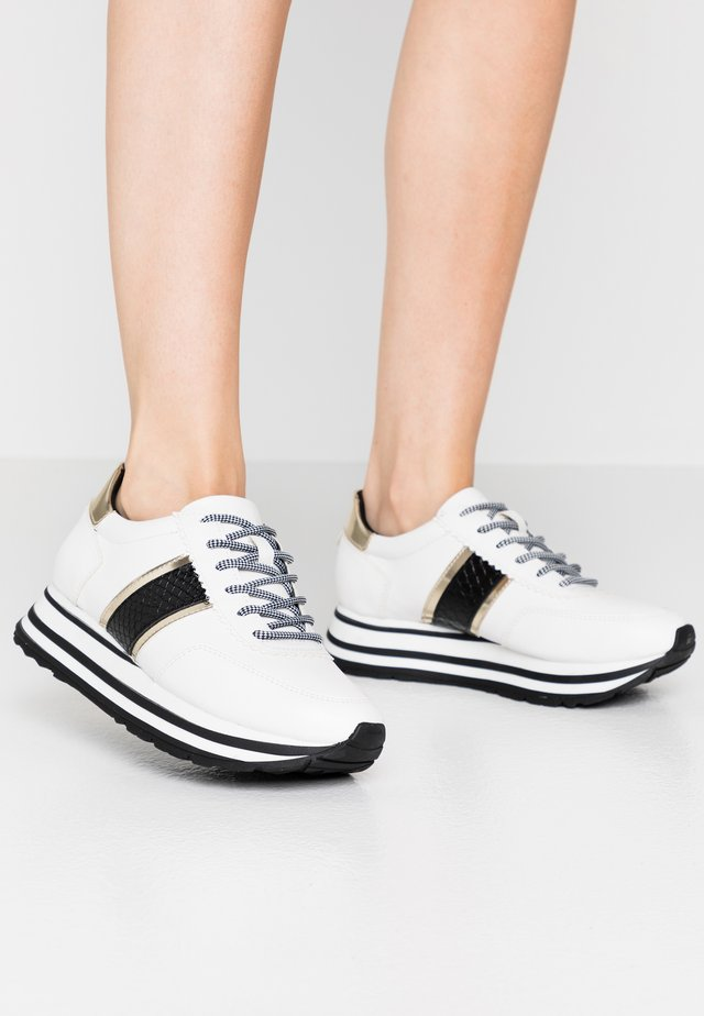 LACE UP - Sneakers laag - white/black