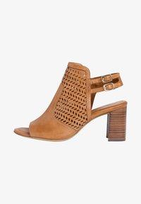 Tamaris - TAMARIS SANDALETTE - Ankle cuff sandals - cognac - 1