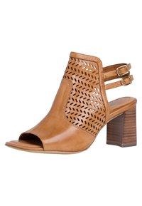 Tamaris - TAMARIS SANDALETTE - Ankle cuff sandals - cognac - 3