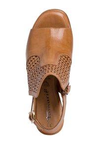 Tamaris - TAMARIS SANDALETTE - Ankle cuff sandals - cognac - 2